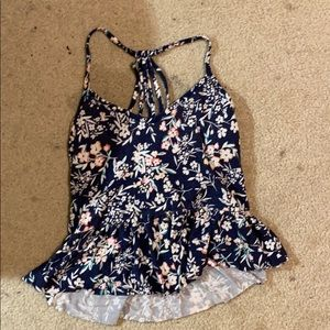🔴Navy blue and floral pattern crop top